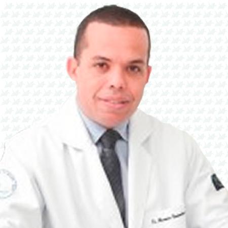 Dr. Alexandre Meireles