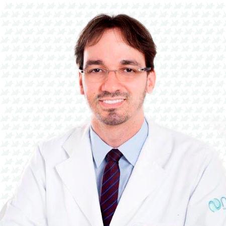 Dr. Bruno Protásio