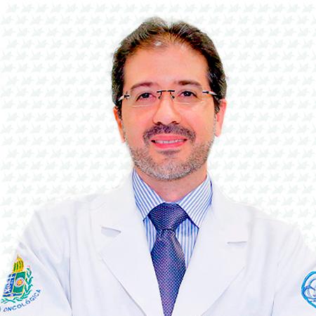 Dr. Fábio Neves