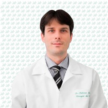 Dr. Fabrício Barcelos