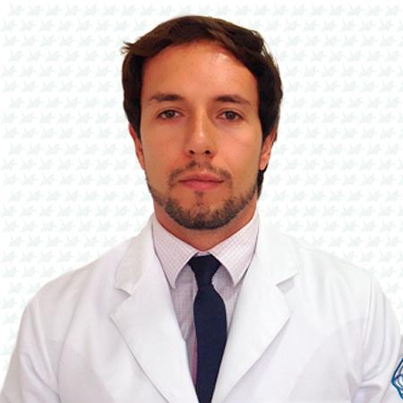 Dr. Matheus Moraes