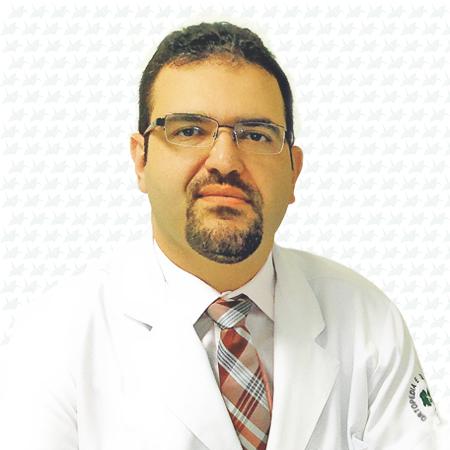 Dr. Samuel Farias