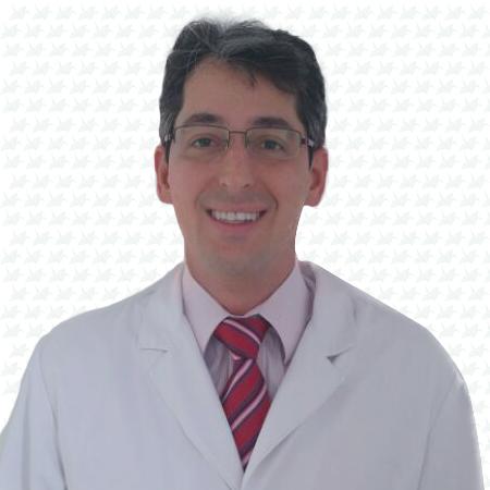 Dr. Tiago Argolo