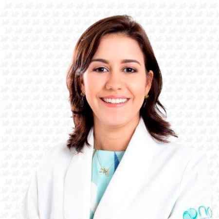 Dra. Tércia Reis