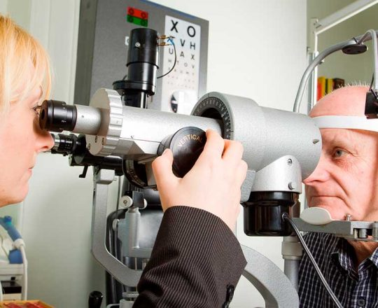 Abril Marrom: Retinopatia diabética pode levar à perda da visão