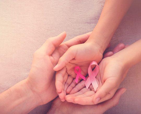 Outubro Rosa: Câncer de mama é o que mais leva brasileiras à morte