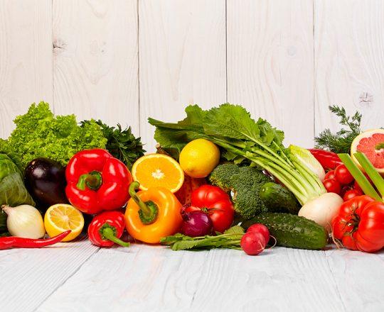 Saiba quais são os benefícios à saúde em comer certos alimentos