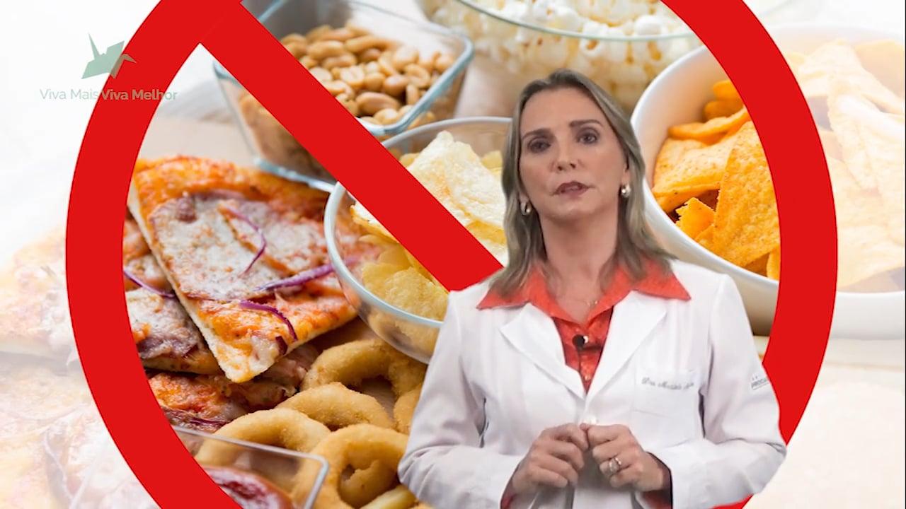 E os vídeos que circulam na internet dizendo que o colesterol alto não é fator de risco para infarto?