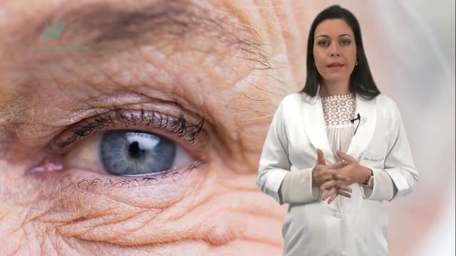 Quais são os fatores de risco para a degeneração macular relacionada à idade?