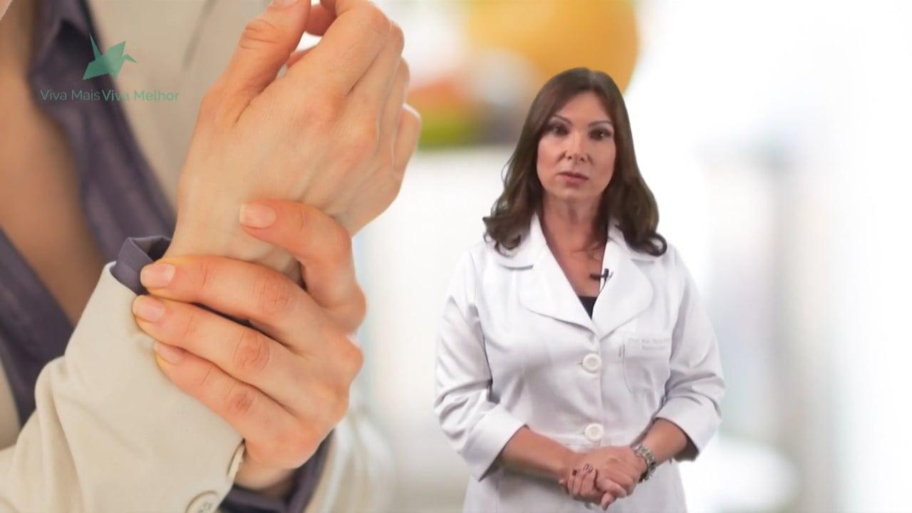 Quais são os principais sintomas de quem tem artrite reumatoide?