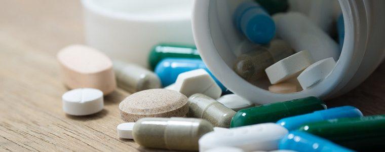 Uso irracional ou excessivo de remédios, chás e suplementos podem provocar hepatite