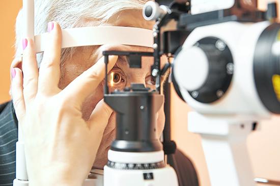 Mito ou verdade: Além das diversas aplicações já conhecidas do laser, ele também pode ser utilizado como uma ferramenta no tratamento do glaucoma.