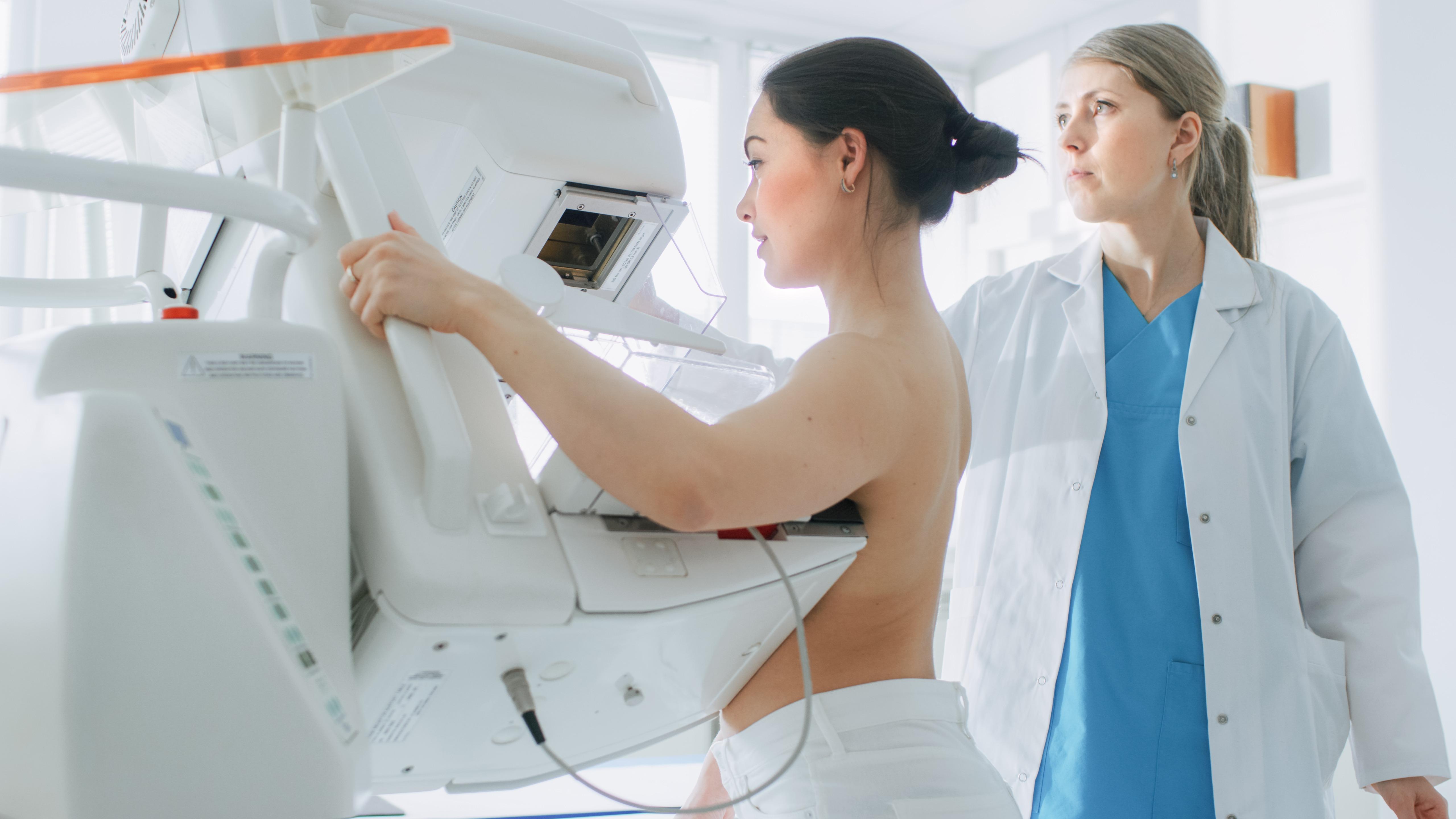 Câncer de mama em mulheres com menos de 40 anos pode ser mais agressivo
