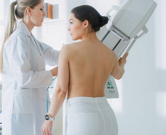 Câncer de mama representa 28% dos casos novos de câncer em mulheres