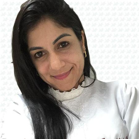 Dra. Michelle Santos Paes