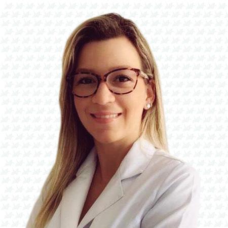 Dra. Sheena Alves Lessa