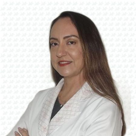 Dra. Lucelene da Silva Sterque