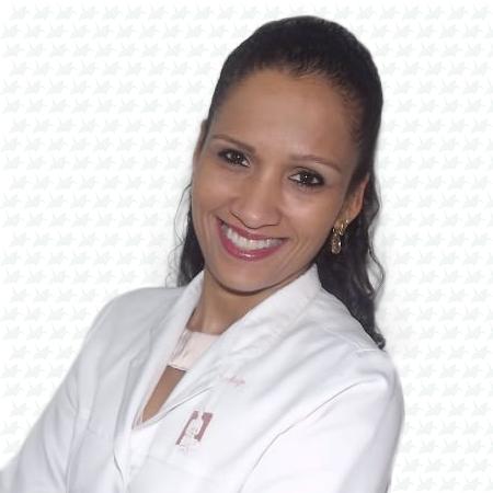 Dra. Paula Suzart Freitas